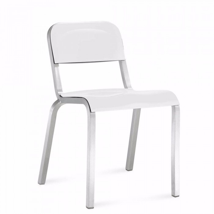 Silla 1951 stacking chair Emeco